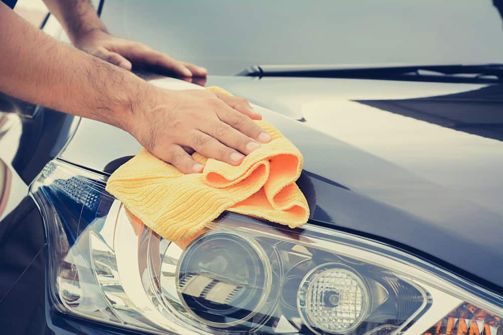 Best Way To Dry A Car >> What S The Best Way To Dry Your Car Savvy Detailing